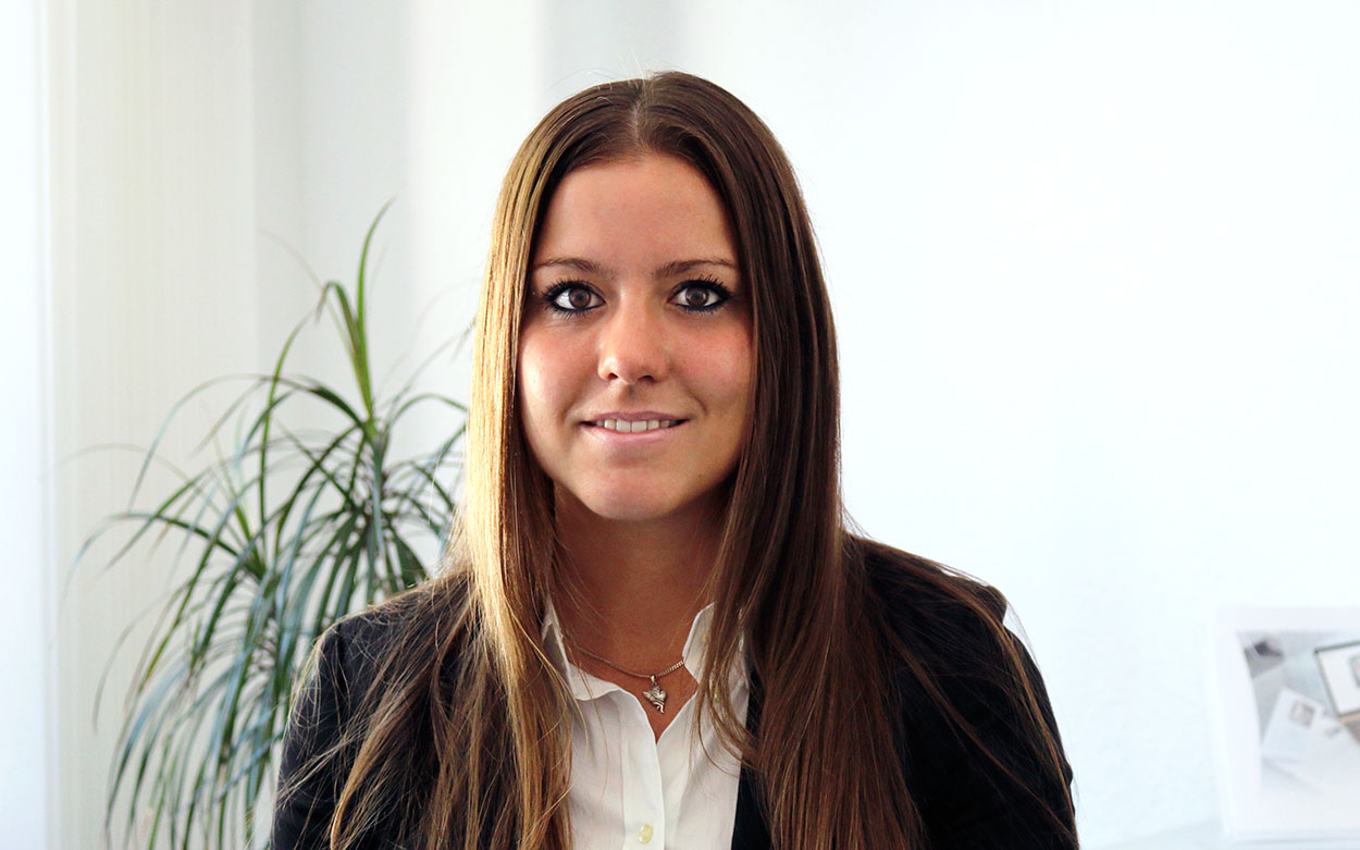 LITHOSCAN crossmedia | Jessica Backer, Social Media Managerin