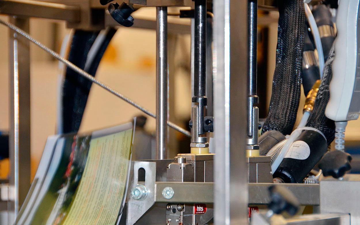 LITHOSCAN crossmedia | Printmanagement, Weiterverarbeitung von Druckenprodukten